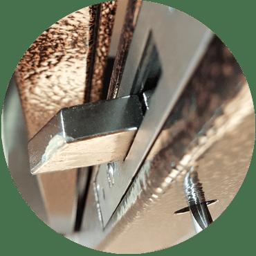 chiusura-vetrinetta-martellata